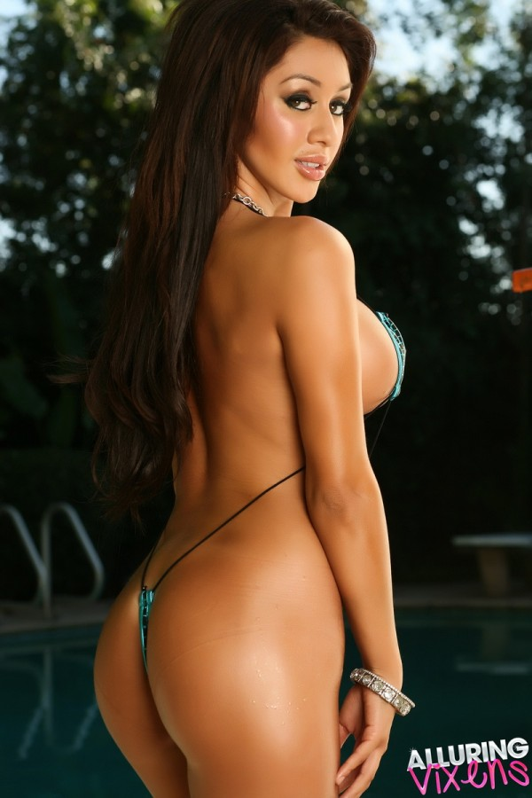 Joselyn of Alluring Vixens shows off her perfect round ass in a tear drop string bikini